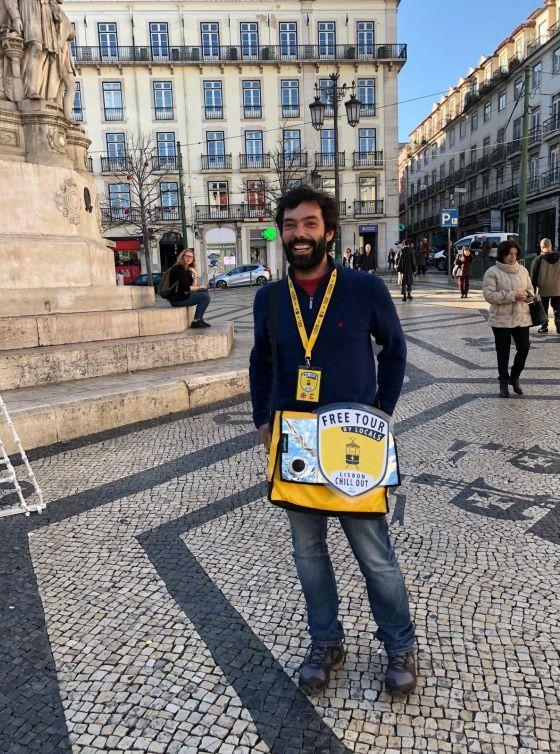 free walking tour lisbon meeting point